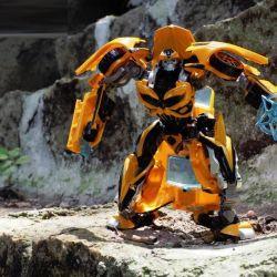 Трансформер Бамблби Bumblebee, 20 см.