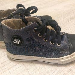 blumarine spor ayakkabı