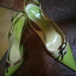 Pantofi 39-40 p.