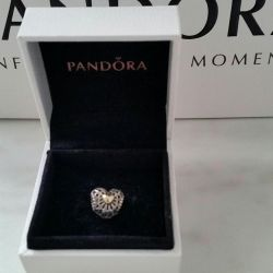 Charm Pandora with Gold