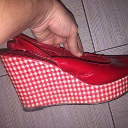 Sandalet deri vernik kama