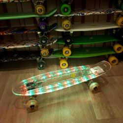 Νέα Skateboards Pennigs