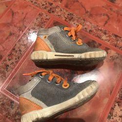 Boots Ecco 21