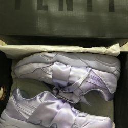 αθλητικά παπούτσια με τόξα