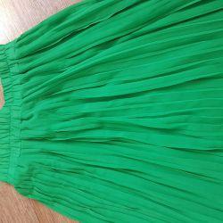 Pleated skirt maxi, 42r.