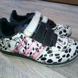 Sneakers adidas 31 р.