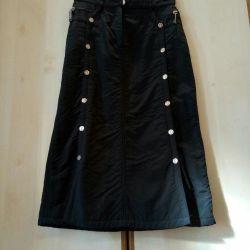 Skirt warmed