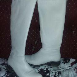Boots Autumn R. 37