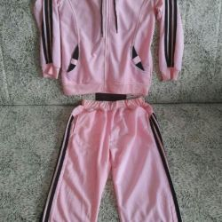 Спортивный костюм (новый) Материял качественый