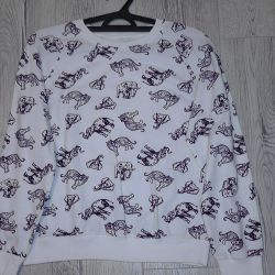 Light sweater with a pattern