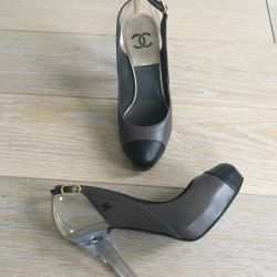 Chanel shoes original new 38r