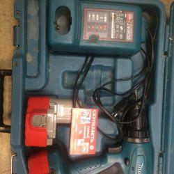 I62 tool-screwdriver Makita 6281D
