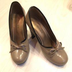 Zenden pantofi