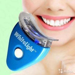 White Light Tooth Bleach gratuit