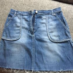 Skirt made of soft jeans 46-48
