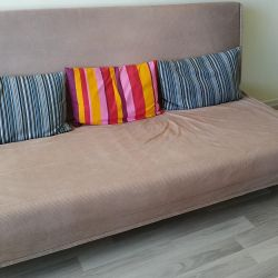 The sofa is in perfect condition.!