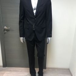 Guess brand costume