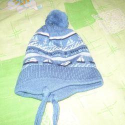 Νέο καπέλο για ένα αγόρι για 6 μήνες - ένα χρόνο