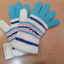 Вязаные перчатки, новые