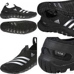 Аквасокі, Кораловий тапочки adidas