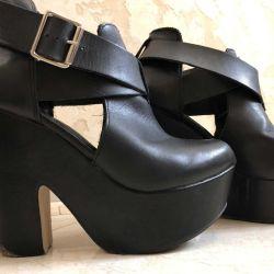 Siyah platform ayakkabı