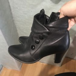 Leather shoes fall / spring