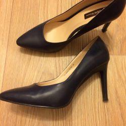 Shoes r. 38