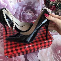 Νέα παπούτσια!