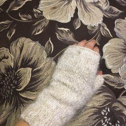 Γάντια χειροποίητα