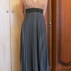Ελεύθερο φόρεμα