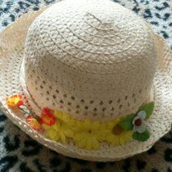 Hat pentru fete