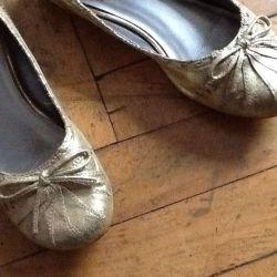 Золотые балетки