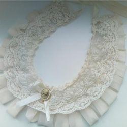 vintage collar on dress