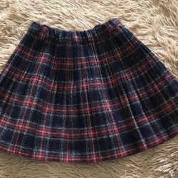 Skirt for a girl of 8-9 years!