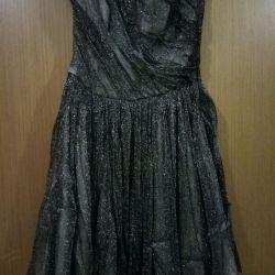 Μάρκα φόρεμα κομψό νέο