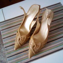 Sandaletler 39