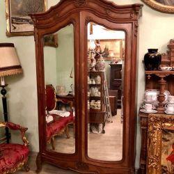 Wardrobe France, oak veneer carving. Antiques