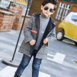 Coat pentru un băiat