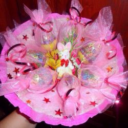 Bouquets of candy kinder toys