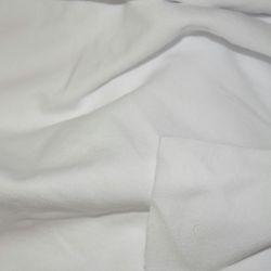 Beyaz triko mamulleri terzilik