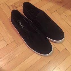 Spor ayakkabı yeni s.40