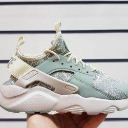 Η Nike Air Huarache Ultra πάνινα παπούτσια τέχνης 104009 MEN