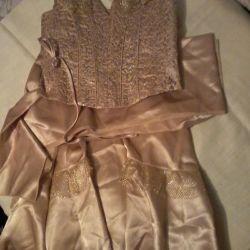 2 Φορέματα 42-46