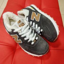 Новые кроссовки с мехом 📏36-41