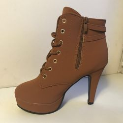 High ankle boots 35 size. Newest