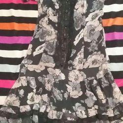 Платья новые с этикеткой.