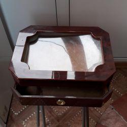 Collectible box