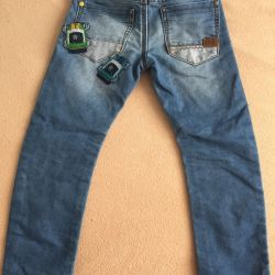 Next jeans 4-5 years old height 110.