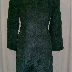 Woolen coat demi-season