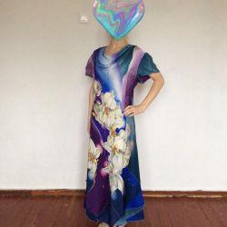 Ексклюзивне плаття з шовкового атласу